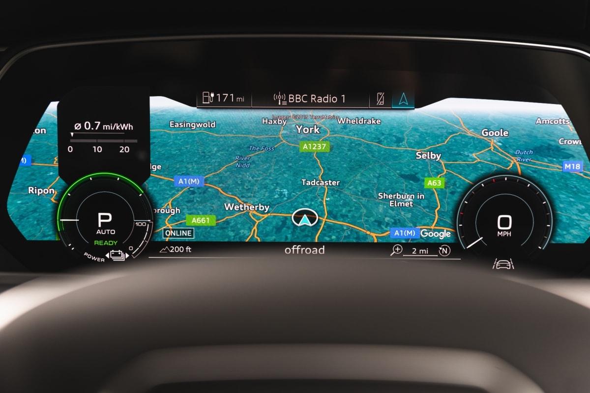 Audi e-tron dashboard