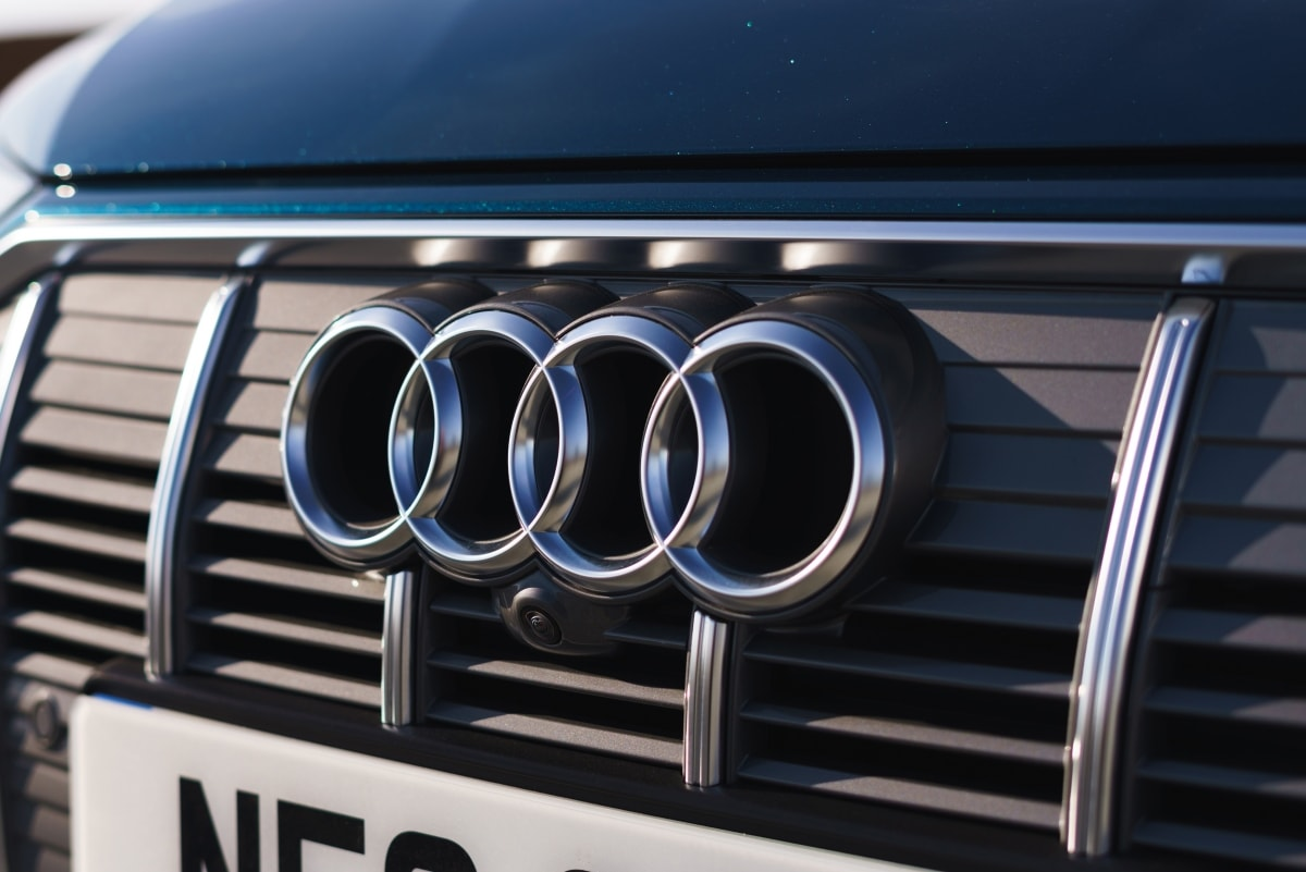 Audi e-tron grillle